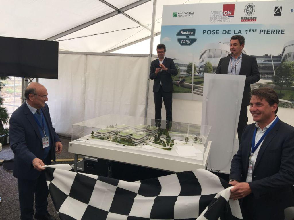 20181109 pose 1ere pierre racing park 15 maquette